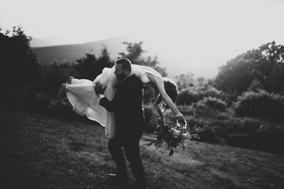 love is mountains and heat and laughter and whisky. love is bethany + christopher's catskills wedding